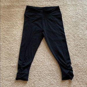 Fabletics Black Workout Cropped Leggings